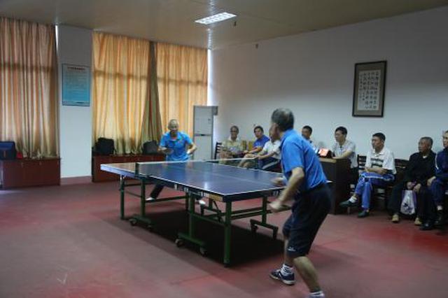 杭州市老年活动中心换装新开 可办理活动证和门禁卡