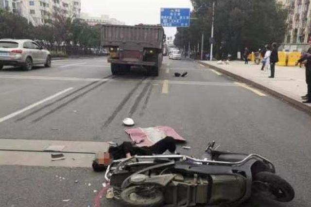 浙江1男子头部遭大货车碾压奇迹幸存 因规范佩戴头盔