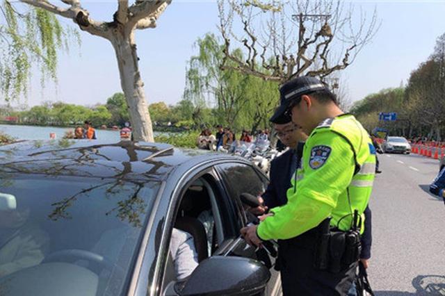 优驾自动容错落地首日 杭州交警已发送500条警告短信