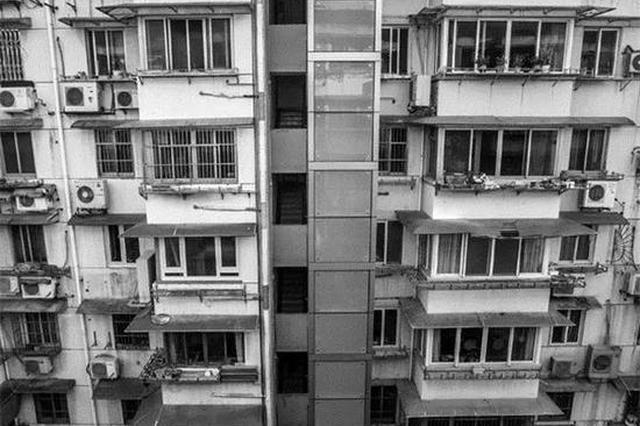 整幢楼就1户不愿意 杭州1小区加装电梯的事耽搁了1年