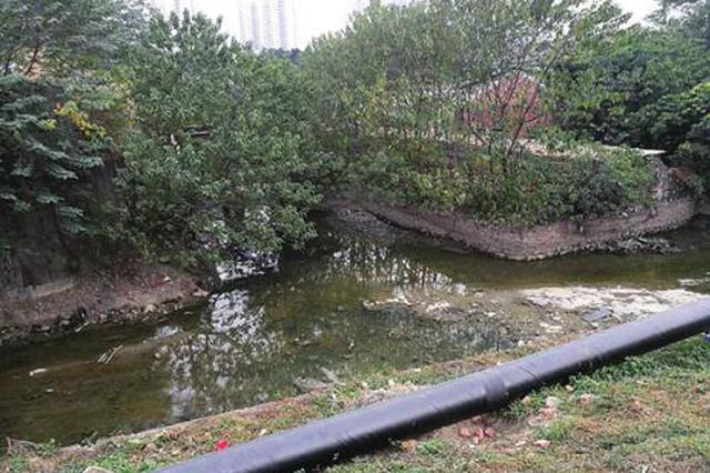 杭州秋涛路方渠正在大清肠 清淤预计5月底结束