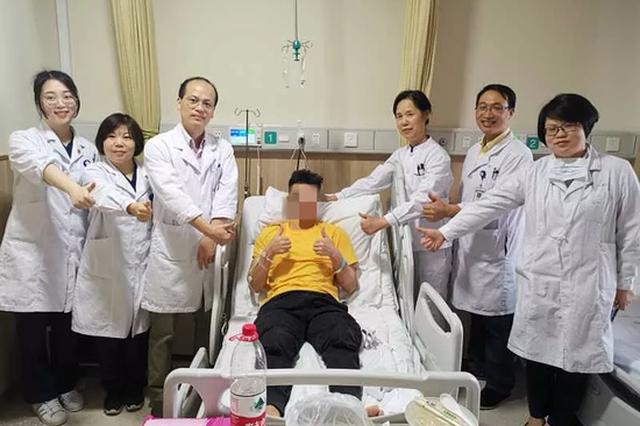 杭州24岁健身达人过度锻炼 把自己练进ICU抢救三天