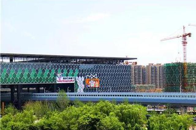 杭州有一处地铁穿楼过奇妙景观 市民:特别炫酷(图)