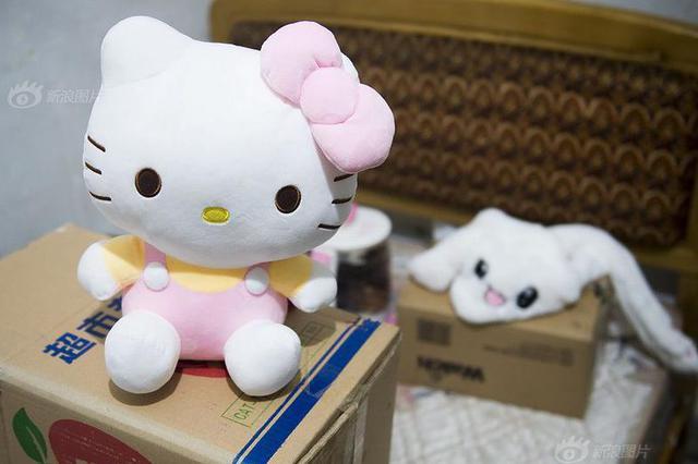 杭州一妙龄少女天生娃娃脸 原来是得了一种罕见病