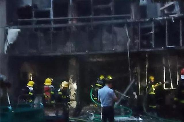 杭州1快递网点发生火灾 满屋子的快递基本都被烧光