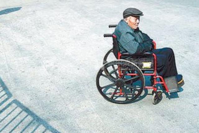 杭州80岁老人吞咽困难吃不下饭 原来是得了食管癌