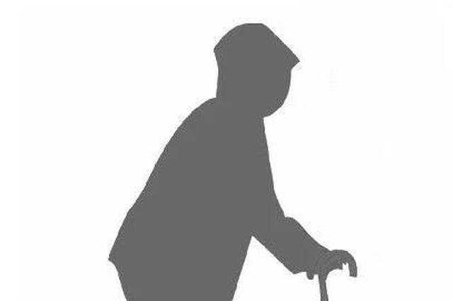 杭89岁老人高架迷路民警接回 68岁儿子:我无力照顾