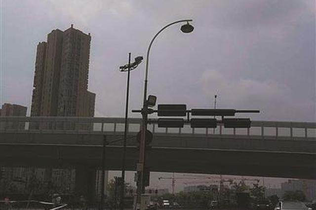 杭今年将改造216处交通安全隐患点 60条城市道路增亮