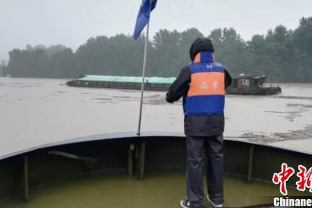 强降雨致钱塘江封航 杭州航区滞留船舶超1800艘