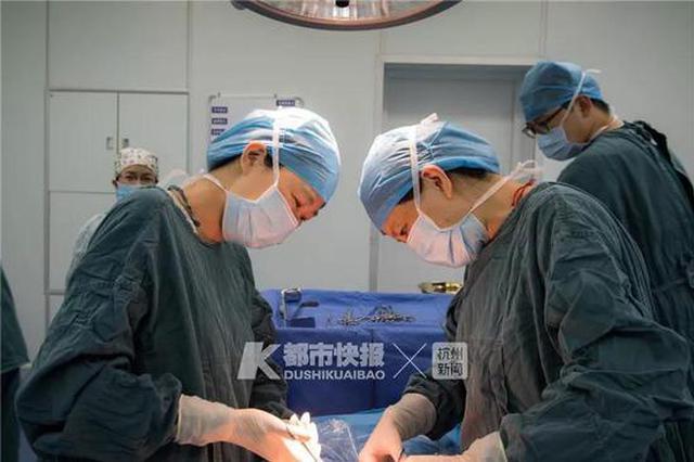 杭州35周孕妇逛商场突发胎盘早剥 痛到灵魂出窍