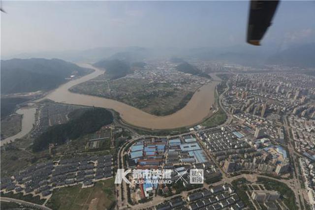 浙江临海市区空中俯瞰 积水已退主干道已恢复