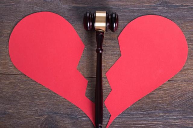 杭州一丈夫车祸成植物人 照顾三年后妻子起诉离婚