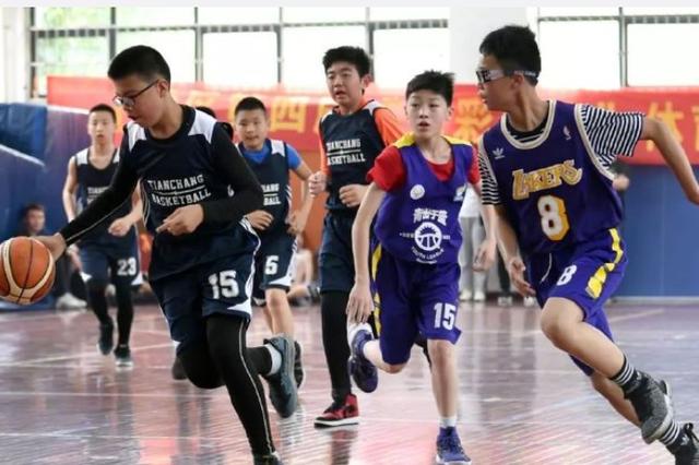 杭州这所小学获500万元重奖 一件事5位校长坚持30年