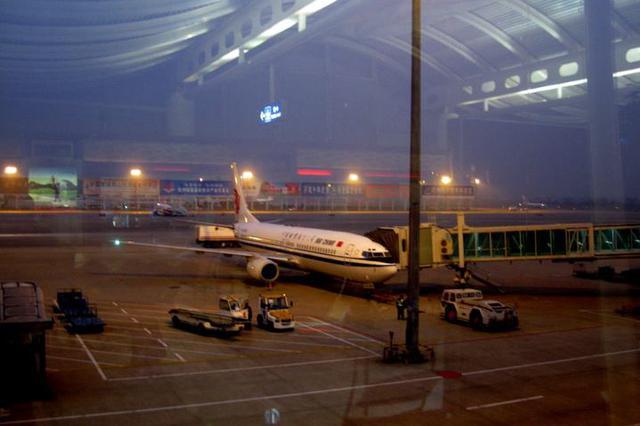 国庆长假杭州机场保障旅客进出港81万人次