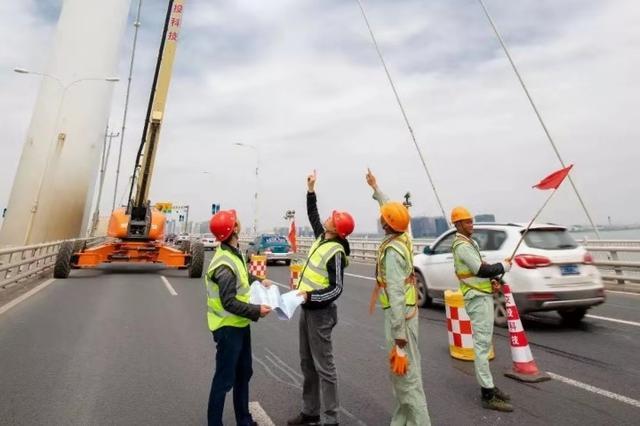 @所有司机 11月9日起 江东大桥半封道施工