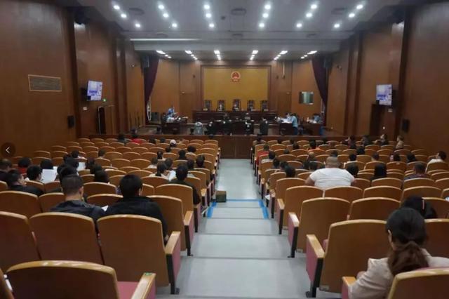 男子组团疯狂敲诈杭州多家大厦专柜 庭审现场披露细节