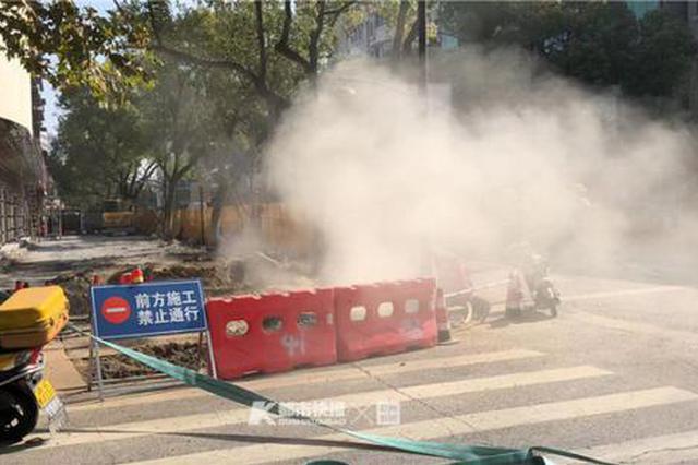 杭州富阳一天然气管道突发泄露 消防紧急出动