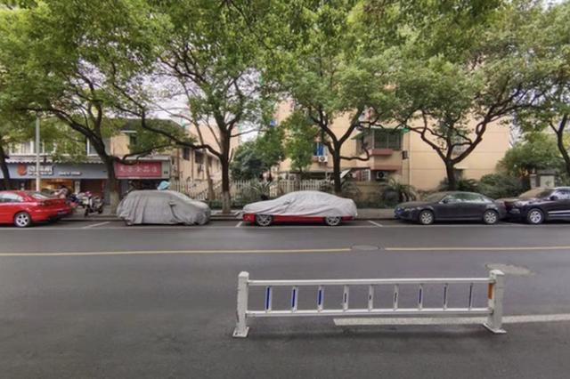 杭州双菱路成僵尸车一条街 商户:有的车两年没挪过