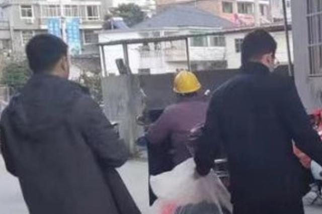杭州一对夫妻联手偷快递 还偷了一本名为放下的书