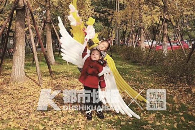 杭州爸爸自学给2个女儿做天使的翅膀