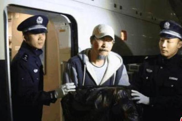 浙江特大职务犯罪窝串案:漏网之鱼出逃8年后受审