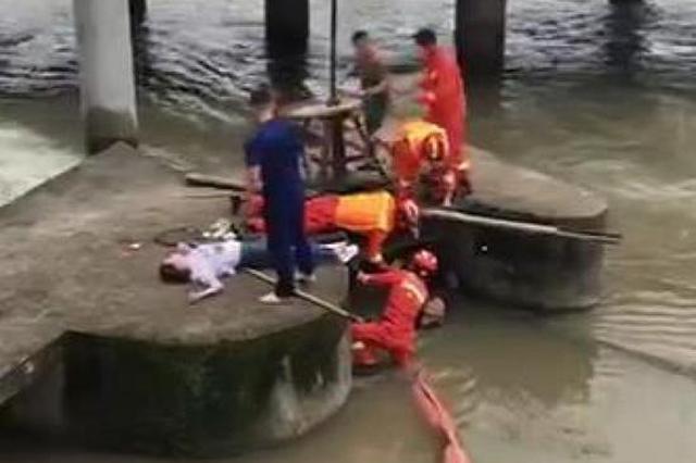 浙1女子因夫妻矛盾跳河轻生 儿子跳水救母双双被困