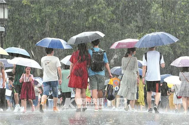 又闷又热又湿的黄梅天 杭州人可能还要再坚持一段时间