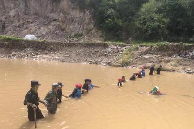 浙江23岁医生在抢险救灾中殉职