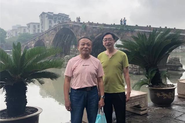 40年前一起卖海鲜的兄弟找到了 昨天两人同游杭州塘栖