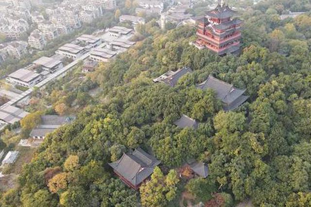 名不见经传的石头快成吴山新景点 很多老杭州来找回忆