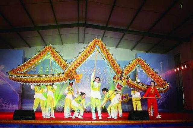基层文艺惠民演出走进珠水溪村 在水溪村文化礼堂举行
