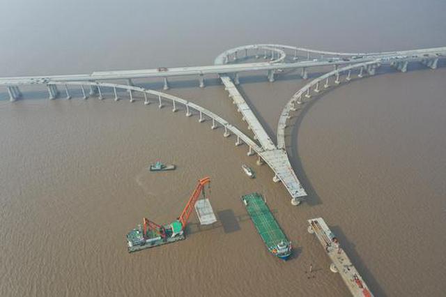 浙江宁波舟岱大桥全桥贯通 计划2021年底全线建成