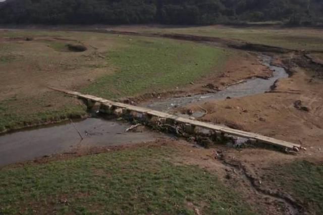 北仑新路岙水库发现古石桥 初步断定为20世纪30年代