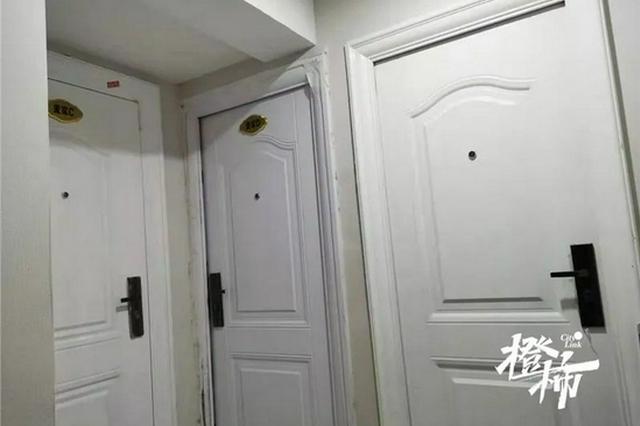 杭州一跃层被改成11间群租房 住建公安责令限期整改