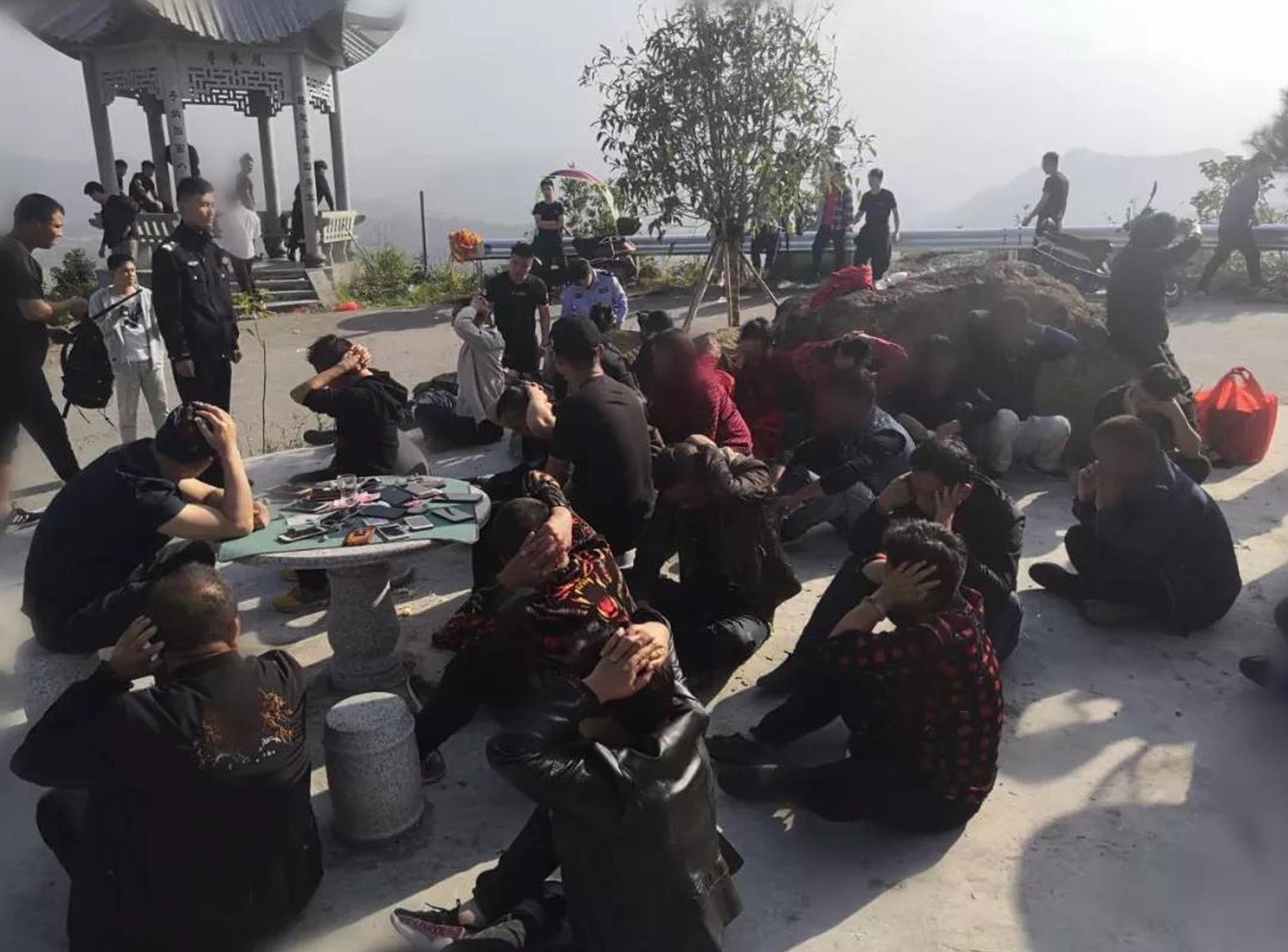 平阳警方捣毁一个山头赌场 涉赌人员34名