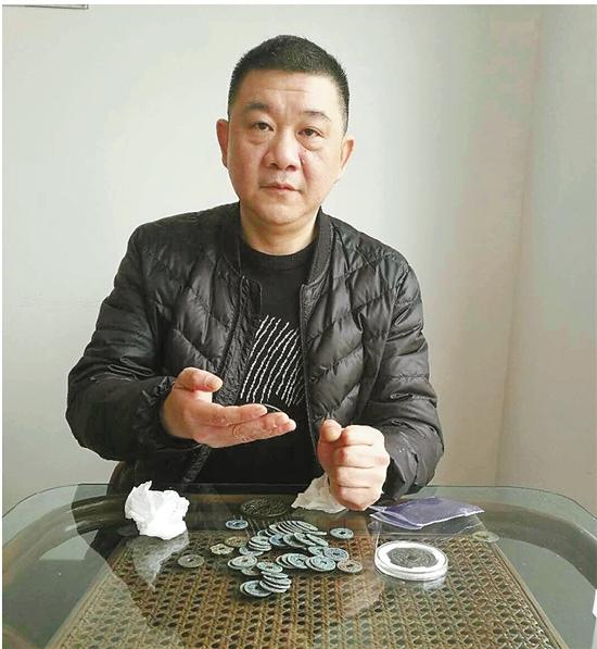 夏峻:专注古钱币收藏二十余年