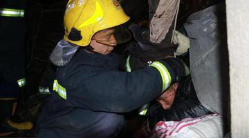 宁波奉化一民房发生坍塌