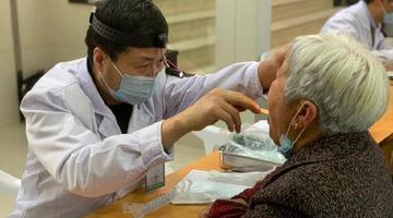 宁波市第一医院开展义诊活动