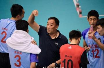 现任浙江男排主教练吴胜担任新一届中国男排主帅