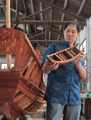 岑国和40载坚守 将木船文化传播至世界