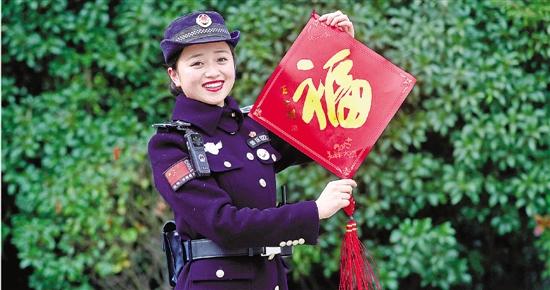 杭州西湖女子巡逻队有个运动达人 各项技能简直开挂