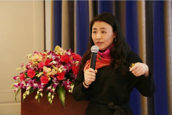 新浪浙江总编辑、点赞希望公益项目发起人余丹凤