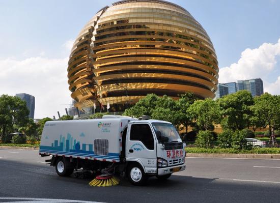 杭州烟花爆竹垃圾量再创新低 除夕夜年初一共7.55吨