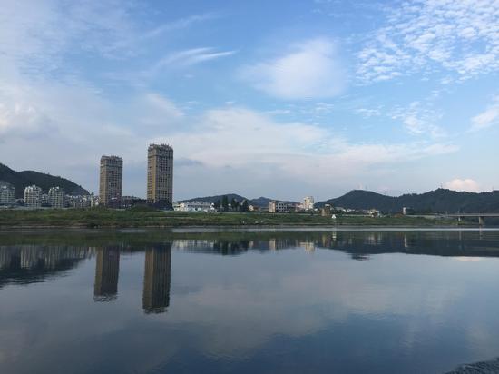 建德新安江风景