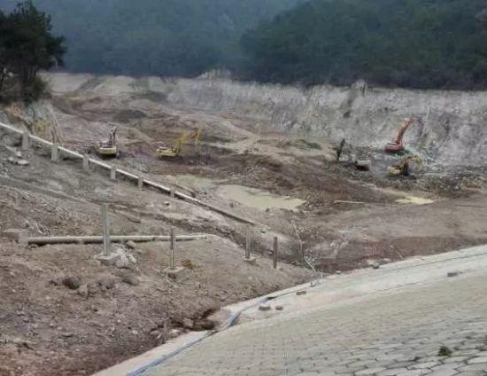 义乌打击非法盗采矿石案 非法获利160余万7人被判刑