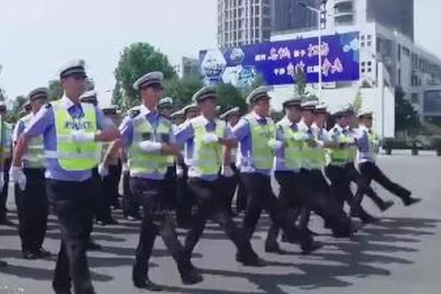 向蜀黍们致敬 绍兴交警首部纪录片《路龄》公映