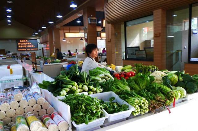 外省大雪蔬菜大棚遭殃 杭州叶菜价格总体平稳