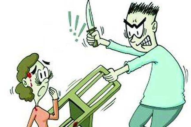 温州一男子闯进主管宿舍 拿菜刀威胁求安排工作