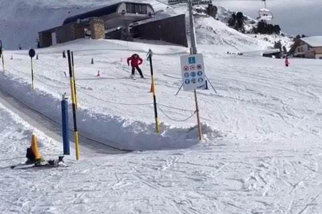 杭州65岁大伯到东北学滑雪 回杭后膝关节肿痛