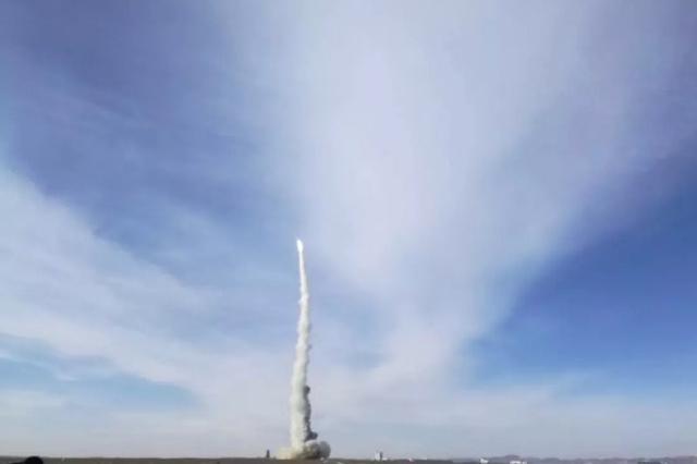 我国首颗以县域命名的卫星升空 德清一号发射成功